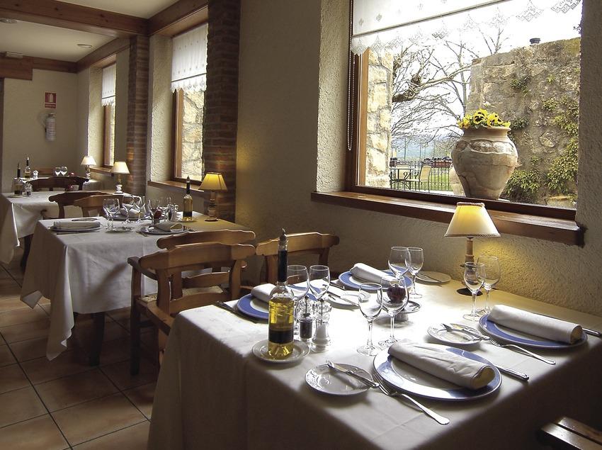 Menjador del restaurant de l'hotel Can Boix.  (Chopo (Javier García-Diez))