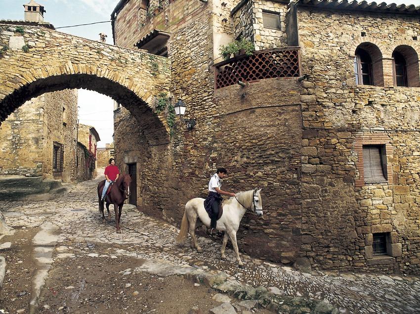 Spaziergang zu Pferde durch die Altstadt.  (Turismo Verde S.L.)