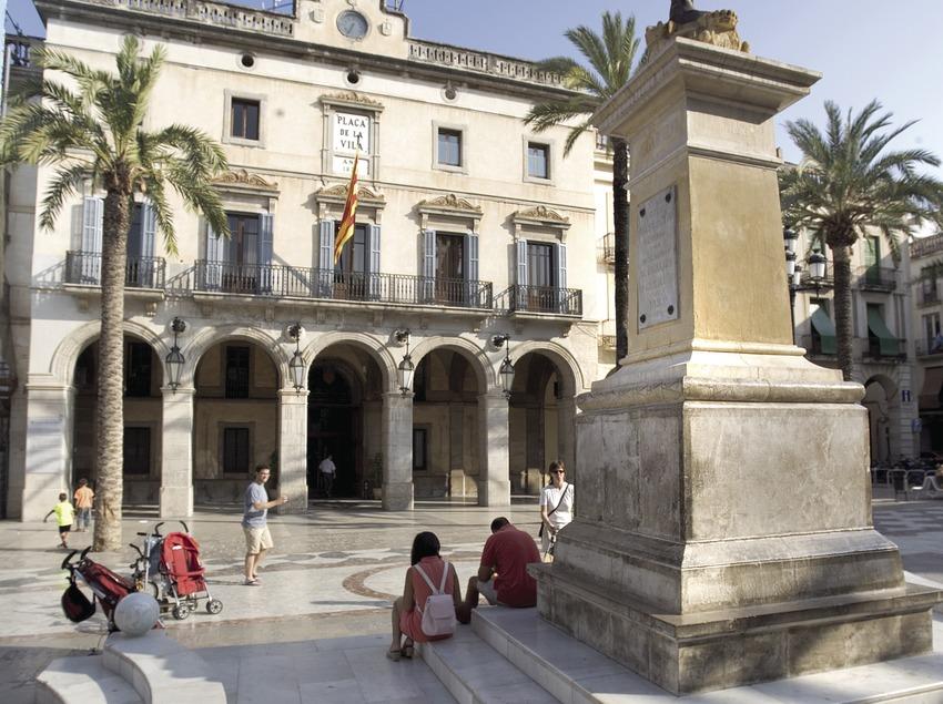 Place de la mairie  (Miguel Angel Alvarez)