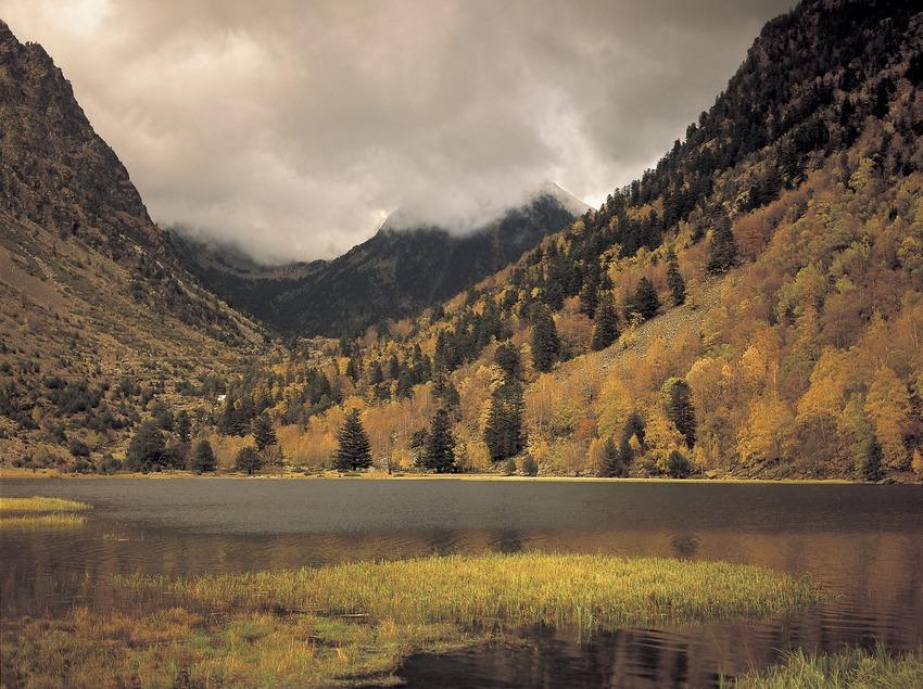 Lac de la Llebreta, dans le parc national d'Aigüestortes i Estany de Sant Maurici.