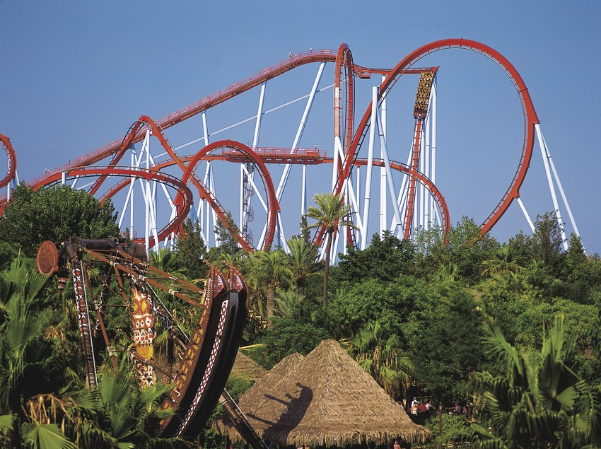 L'atracció del Dragon Khan a Port Aventura.