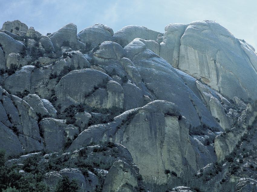 Cima del Montgròs, en el macizo de Montserrat.  (Kim Castells)