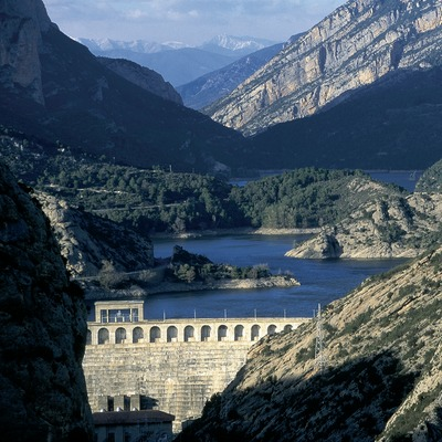 Pantà d'Oliana al riu Segre.  (Servicios Editoriales Georama)