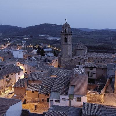 Vista nocturna amb l'església de Sant Miquel.  (Chopo (Javier García-Diez))