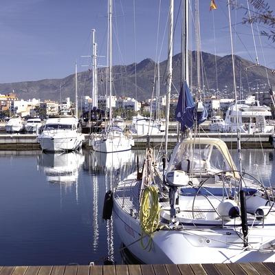 Embarcations dans le port.  (Miguel Angel Alvarez)