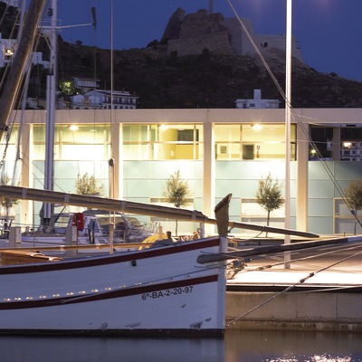 Barca al port.  (Miguel Angel Alvarez)