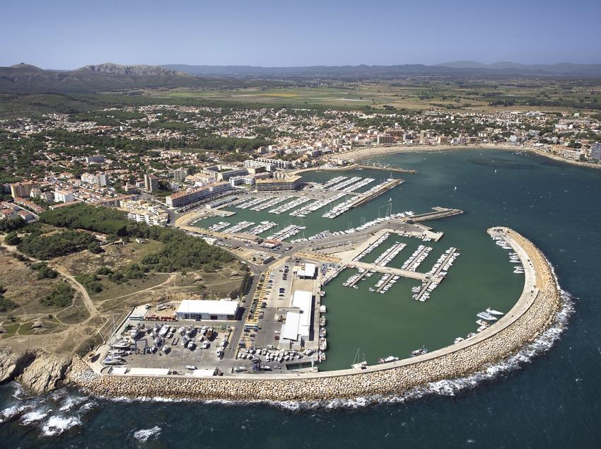 Vue aérienne du port