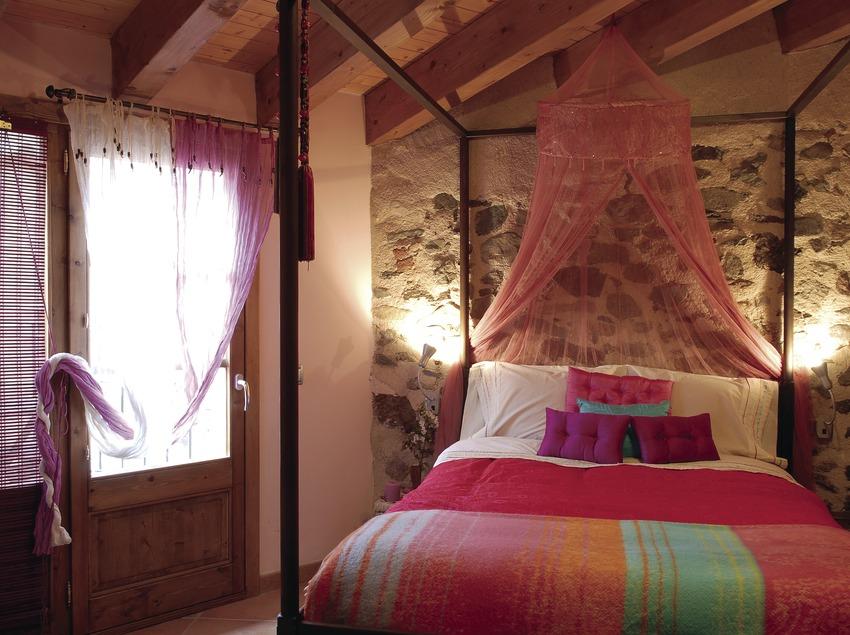 Habitació de la casa rural La Icona del Pont Vell.  (Tina Bagué)