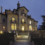 Vista nocturna de l'hotel Torre del Remei  (Chopo (Javier García-Diez))