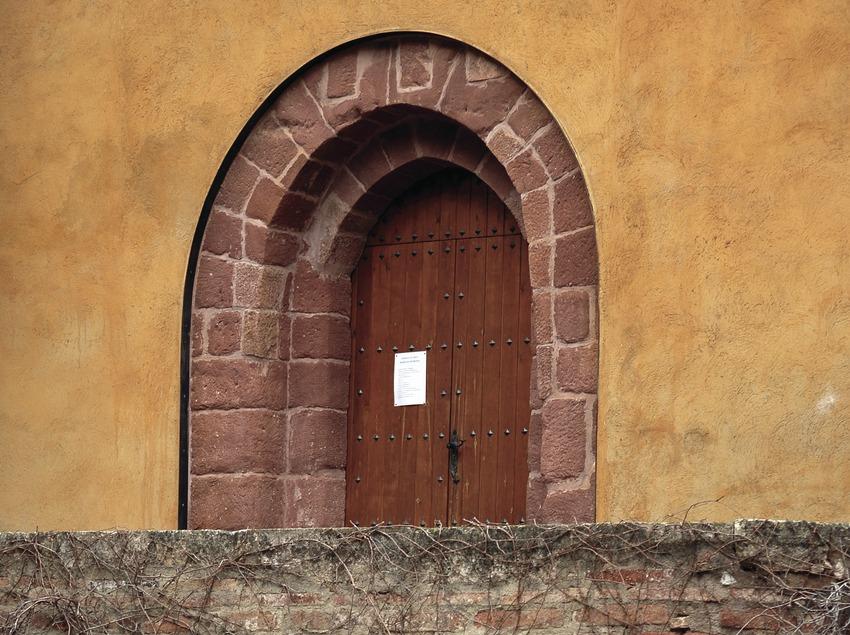 Entrada de l'esglèsia de la Cartoixa d'Scala Dei  (Tina Bagué)