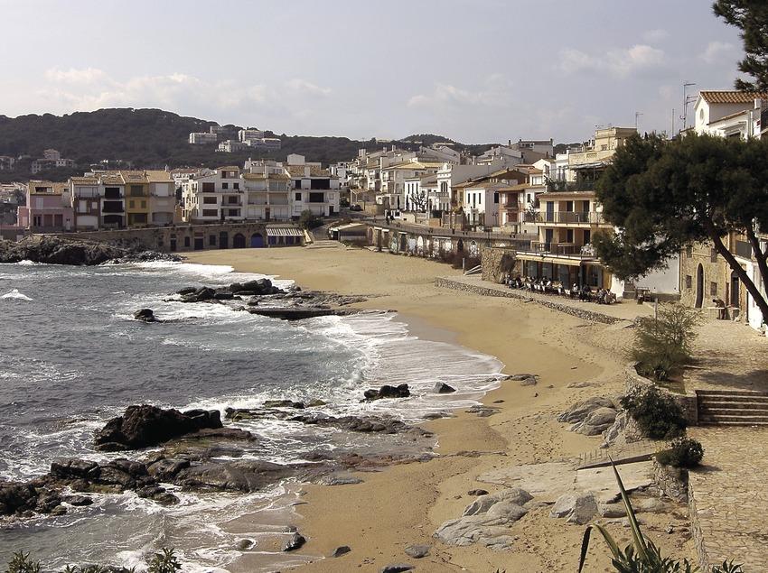 Der Strand von Canadell, Calella de Palafrugell.