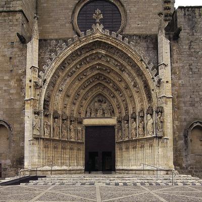 Portalada de la basílica de Santa Maria.  (Chopo (Javier García-Diez))