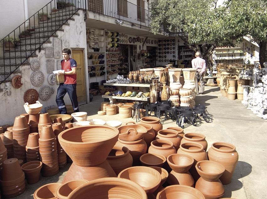 Pottery  (Miguel Angel Alvarez)