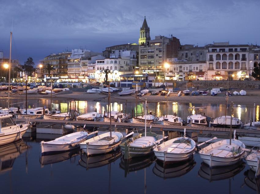 Port et vieille ville à la tombée de la nuit  (Miguel Angel Alvarez)