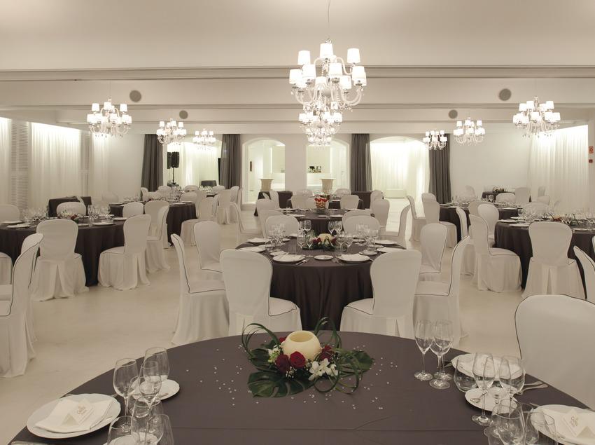 Salón blanco Castell de Perelada