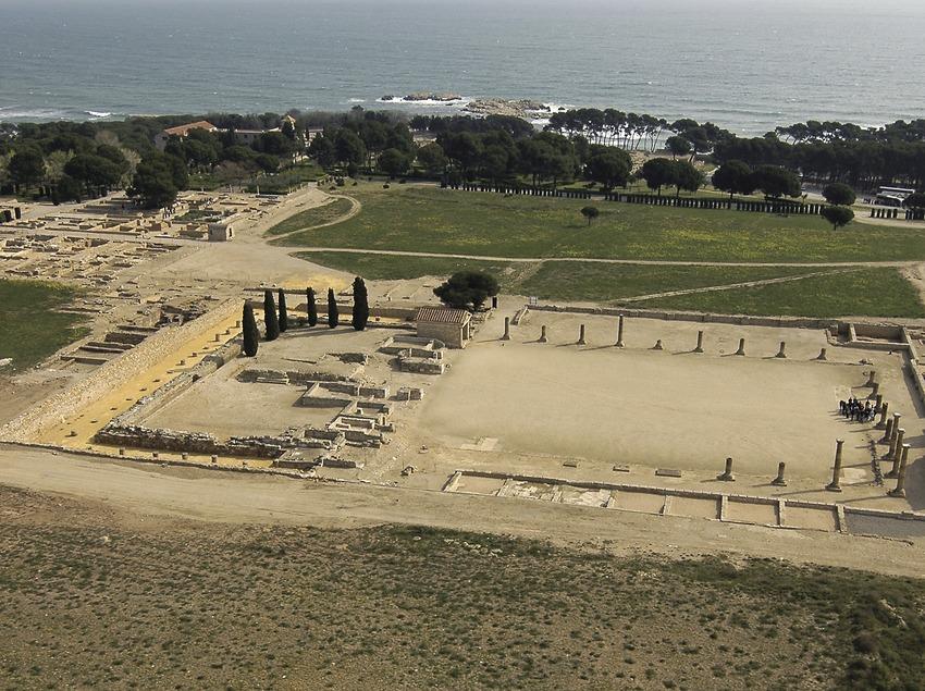 Vista aèria de les ruïnes d'Empúries.  (Chopo (Javier García-Diez))