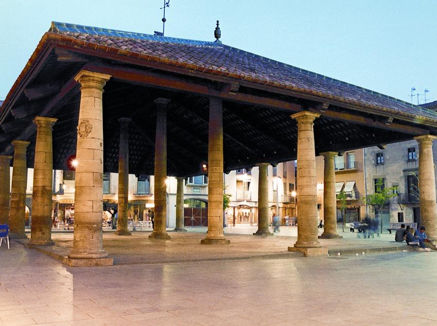 """Granollers.  Plaza de la """"Porxada"""" (Consell Comarcal del Vallès Oriental)"""