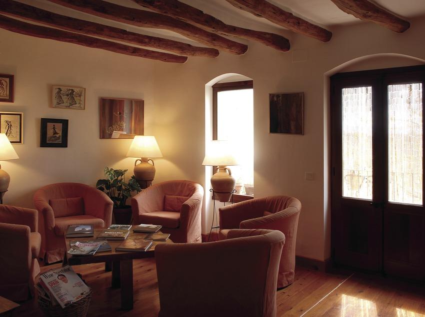 Sala d'estar de l'hotel Catacurian  (Tina Bagué)