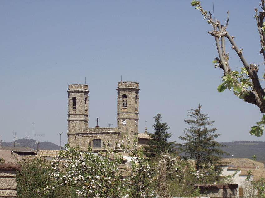 Iglesia de Santa María. Olost (Osona Turisme)