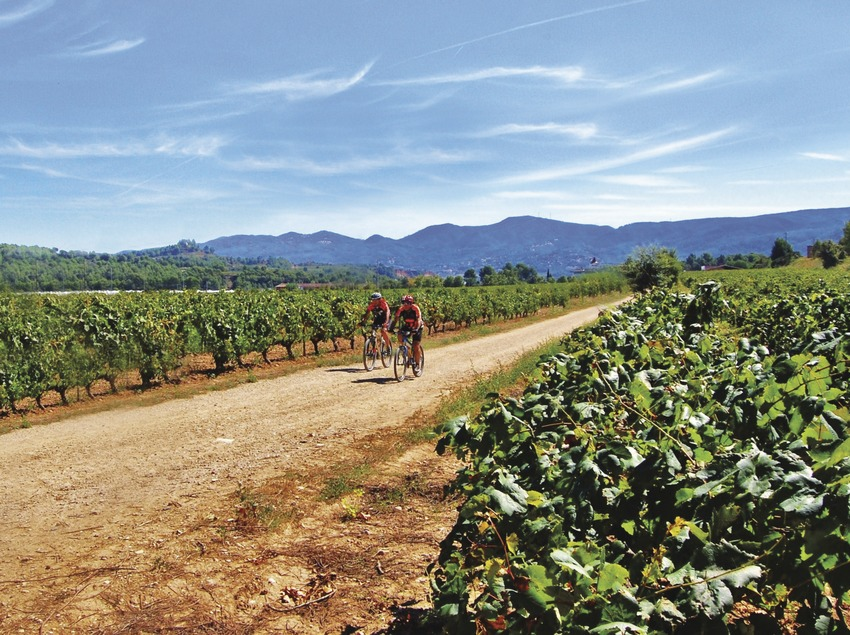 Ciclisme a les Vinyes del Llac.