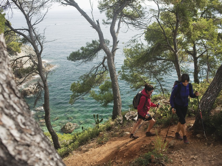 Senderisme a Cap de Creus. Cam' de Ronda entre Roses i Cala Montjoi. Alt Empordˆ © Oriol Clavera