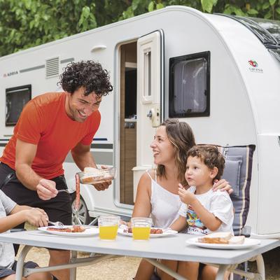 Familia en el Sanguli Salou Camping & Resort