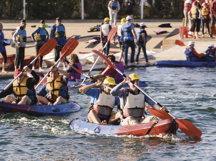 Canoas en el canal olímpico de Castelldefels.