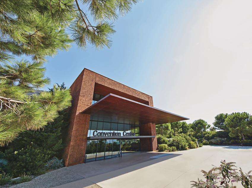 Entrada del Convention Centre PortAventura Business & Events.