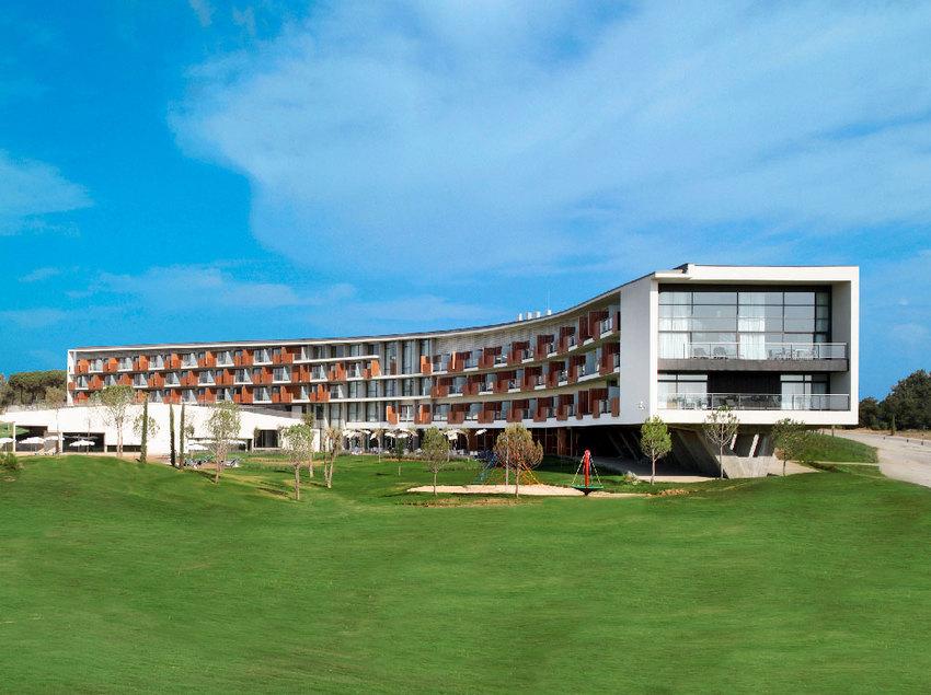 Exterior del hotel Camiral PGA Golf.