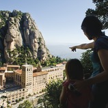 Touching the sky. From Montserrat to La Pedrera