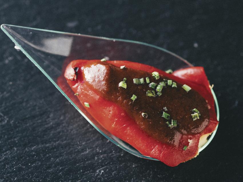 Plat de degustació elaborat pel càtering Cook del grup Sagardi.