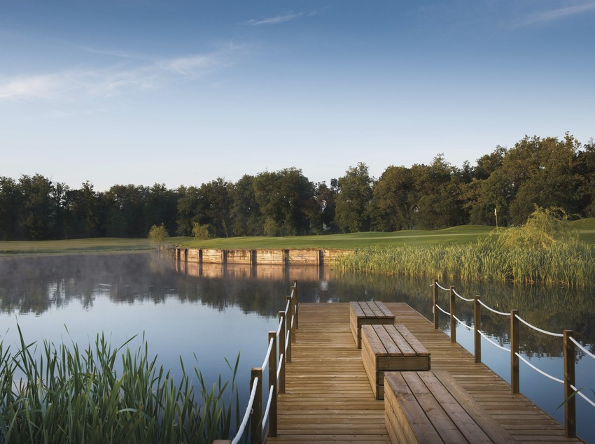 Estany del PGA Catalunya Resort.