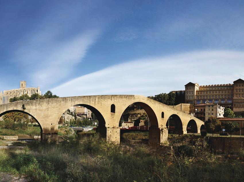 La Seu, el Pont Vell i la Cova Ignasiana. Manresa (el Bages). © Oriol Clavera   (Oriol Clavera)