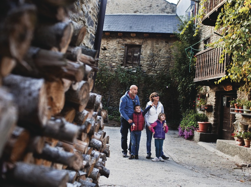 El petit poble d'Escalarre, a les Valls d'Àneu. (Oriol Clavera)
