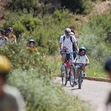 Bicicletes i families a la Via verda a la Terra Alta. (Mariano Cebolla)