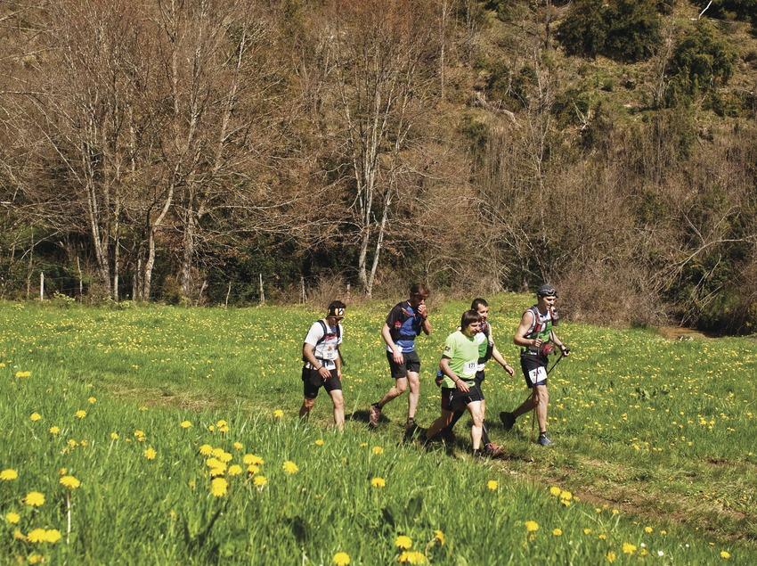 """""""Pels camins dels matxos"""", cursa de muntanya organitzada pel Centre Excursionista de Torelló."""