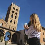 Façana del Monestir de Santa Maria de Ripoll.
