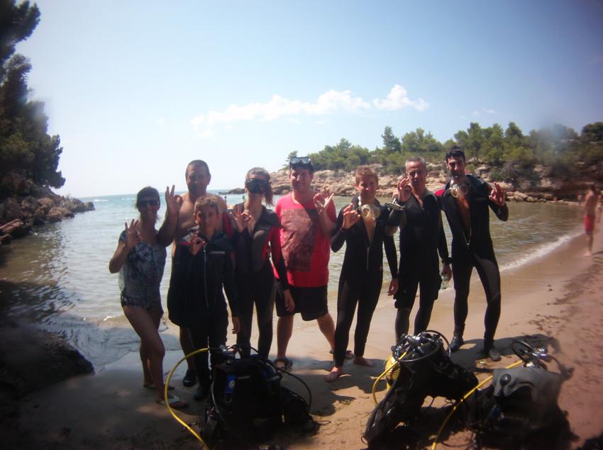 Grup de submarinisme a la platja
