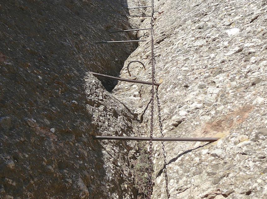 Parte de la ruta ferrata de Monserrat