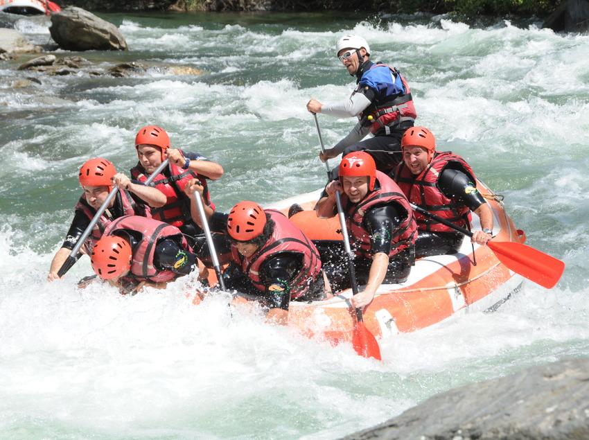 Empresas de actividades y servicios turísticos, Rafting (rafting)