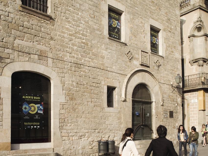 La Pia Almoina o Casa de la Canonja.  (Nano Cañas)