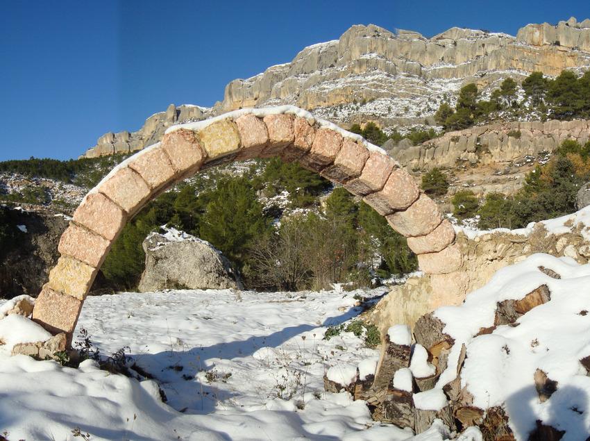 Arc Mas Racó. Parc natural del Montsant   (Maurici Montanà)