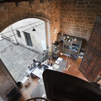 Oficina de Turisme de Sant Cugat del Vallès. Interior de la torre Homenatge.  (Mané Espinosa / Ajuntament de Sant Cugat)