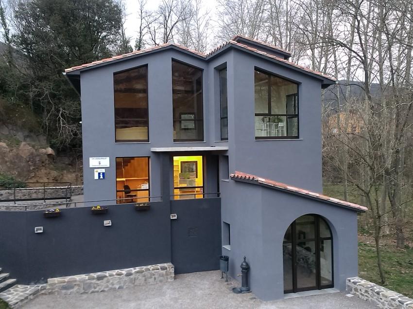 Oficina de Turisme de Sant Joan les Fonts.