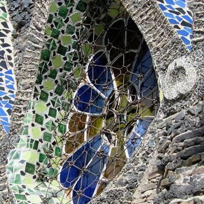 Gaudí, Freixenet i xocolata: Tres temptacions