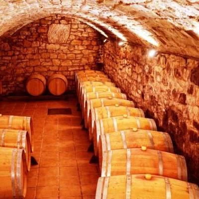 Terra Alta: Terra de vins i trinxeres