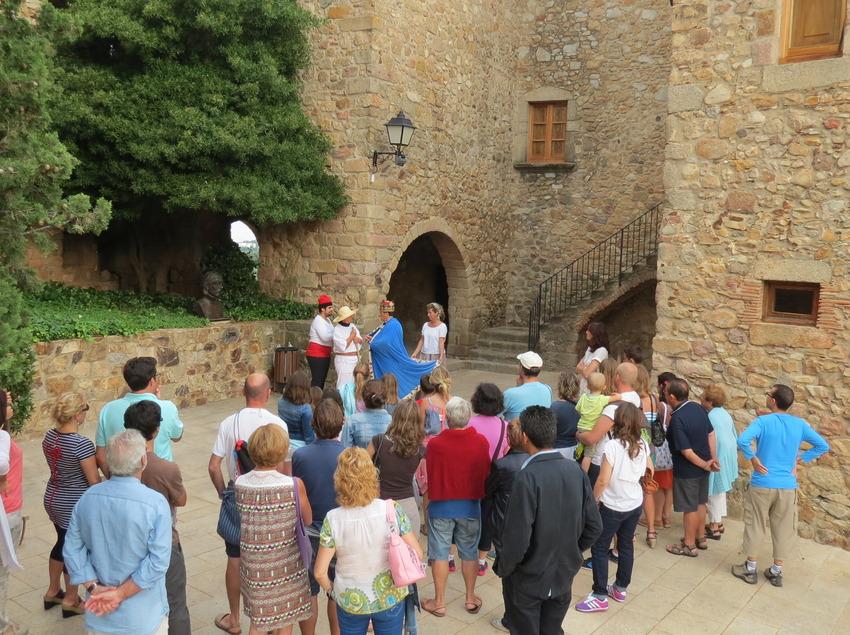 Visitas guiadas y teatralizadas en el castillo de Balsareny, en Platja d'Aro (Ajuntament de Castell-Platja d'Aro)