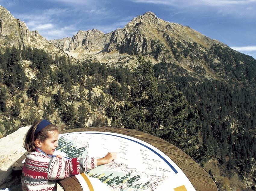 Mirador de Sant Maurici en el Parque Nacional de Aigüestortes i Estany de Sant Maurici.