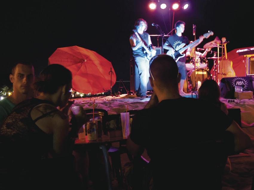 Concert de nit a la platja de Calella (Ajuntament de Calella)