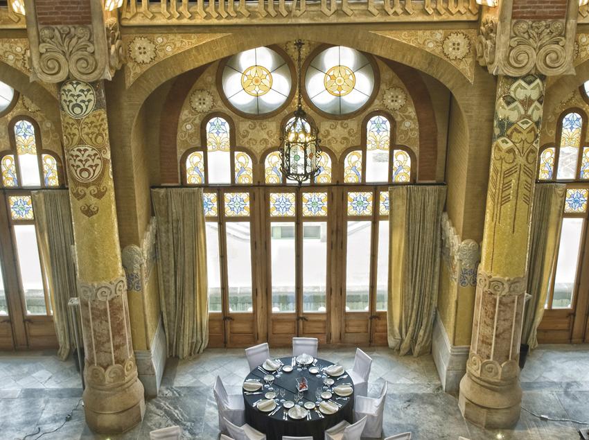 Espai adaptat com a menjador en el recinte modernista de Sant Pau. (Cook Acontecimientos Gastronómicos)